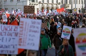 متظاهرون يتجمعون في تورينجن احتجاجا على التطرف اليميني