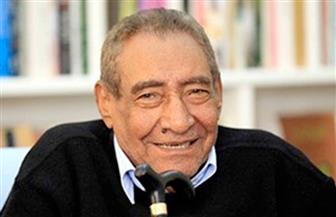 الشاعر عبدالرحمن الأبنودي شخصية معرض قنا الثالث للكتاب|