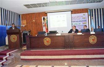 جامعة سوهاج تنظم ندوتها التوعوية الثانية عن فيروس كورونا | صور