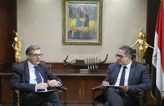 وزير السياحة والآثار يستقبل السفير جيفري آدامز السفير البريطاني في القاهرة