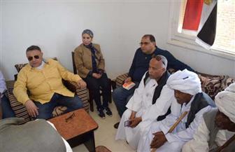 في أولى زياراته حلايب.. محافظ البحر الأحمر: فتح باب التقدم للوحدات السكنية   صور