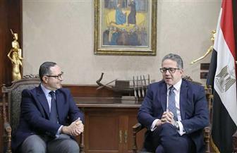 وزير السياحة والآثار يناقش مع مسئولي شبكة CNN العالمية خطة الحملة الترويجية خلال الفترة المقبلة