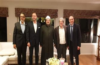 وزيرالأوقاف يلتقي وفدا سويسريا رفيع المستوى في ضيافة كبير مستشاري البرلمان الدولي بجنيف