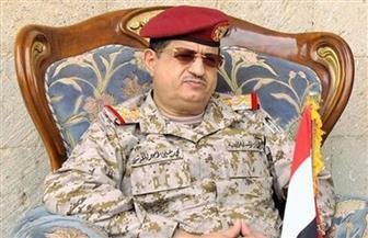 نجاة وزير الدفاع اليمني من محاولة اغتيال.. ومقتل بعض مرافقيه