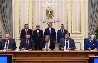 رئيس الوزراء يشهد توقيع اتفاقية لفض التشابكات المالية بين الكهرباء والبترول وقطاع الأعمال