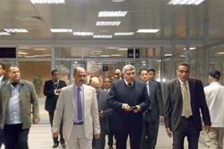 رئيس الشركة المصرية للمطارات يتفقد مطار الأقصر | صور