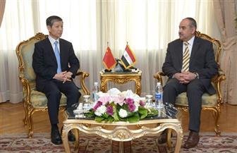 وزير الطيران المدني يلتقي سفير الصين بالقاهرة | صور