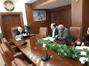 """محافظ بورسعيد: أولويات برنامج """"مشروعك"""" هو دعم الشباب"""