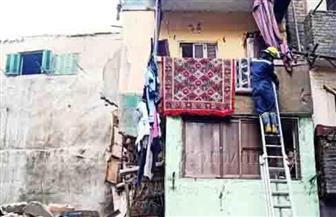 الحماية المدنية تنجح في إنقاذ ٤ أشخاص بعد انهيار عقار في السيدة زينب