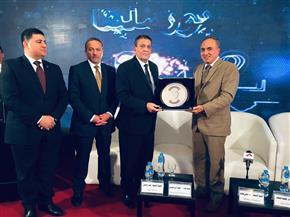عبد المحسن سلامة يكرم رئيس مجلس إدارة شركة العاصمة الإدارية | صور