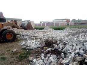 إزالة 19 حالة تعد على الأراضي الزراعية والنيل بسوهاج