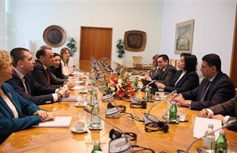 نائبة وزير السياحة والآثار تبحث أوجه تنشيط الحركة السياحية مع وزير التجارة والسياحة الصربي | صور