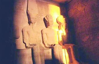 آثار أسوان: الشمس تتعامد على وجه رمسيس الثاني غدا بمعبد أبو سمبل دون مظاهر احتفالية