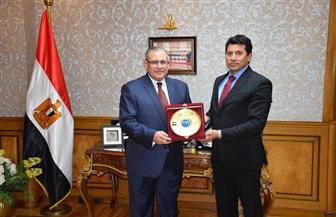 وزير الرياضة يستقبل سفير مصر في روسيا | صور