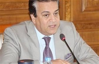 وزير التعليم العالي يشكل لجنة متخصصة لمواجهة قضية محو الأمية