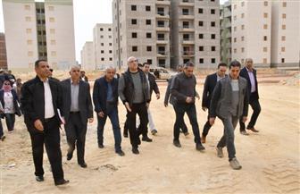 """عاصم الجزار يتفقد الوحدات السكنية بمشروع """"الإسكان الاجتماعي"""" بمدينة بدر"""
