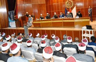 محافظ أسوان يشهد فعاليات المؤتمر الديني بمشاركة 200 إمام