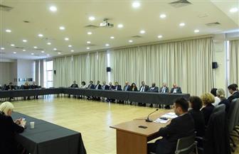 مائدة مستديرة حول آفاق تعزيز السياحة بين مصر وصربيا بحضور كبار مسئولين من البلدين | صور