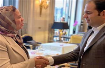 """الأمين العام للجنة العليا للأخوة الإنسانية يلتقي رئيسة """"عماد للشباب والسلام"""" بباريس"""