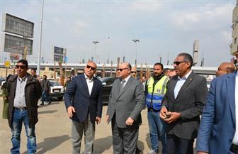 محافظ القاهرة يشكل لجنة لمحاسبة المقصرين بجراج هيئة النظافة | صور