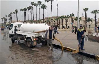 محافظ الجيزة يقود أعمال شفط مياه الأمطار من المحاور والطرق والكباري| صور