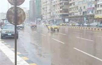 الأجهزة الأمنية تشارك بوحدات مرورية لتسيير الحركة.. وإزالة آثار موجة الطقس السيئ بالإسكندرية