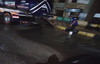 أجهزة بني سويف تواصل شفط تجمعات مياه الأمطار من الشوارع |  صور