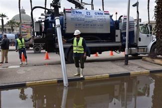 رئيس القابضة للمياه: الدفع بـ 725 معدة لسحب مياه الأمطار بالمحافظات