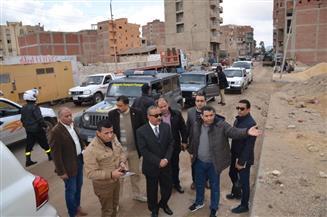 محافظ الإسماعيلية يتفقد عددا من شوارع حي ثان تمهيدا لرفع كفاءتها