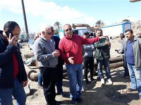 محافظ بورسعيد يتابع أعمال سحب تجمعات مياه الأمطار ميدانيا | صور