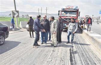 محافظ أسيوط يتفقد مشروعات رصف الطرق | صور