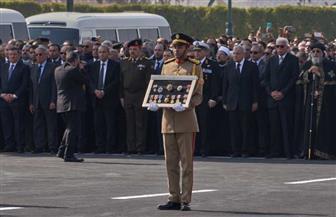 الأوسمة والميداليات العسكرية التي تقدمت جنازة الرئيس الأسبق محمد حسنى مبارك