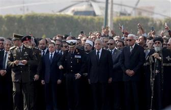 قادة القوات المسلحة وكبار رجال الدولة يصطفون استعدادا للجنازة العسكرية للرئيس الأسبق مبارك| صور