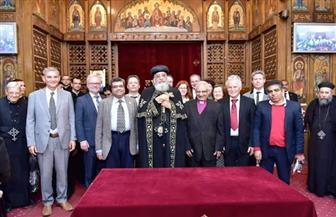 البابا تواضروس يرحب بوفد من قيادات الكنائس الإنجيلية بعظته الأسبوعية | صور