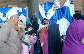 الكشف على 445 مواطنا بقرية سمهود بمركز أبو تشت | صور