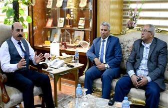 محافظ أسوان يلتقي رئيس تنمية الصعيد