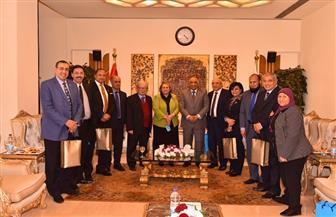 رئيس الرقابة الإدارية يلتقي أعضاء لجنة الخطة والموازنة بمجلس النواب وعددا من القيادات النسائية | صور