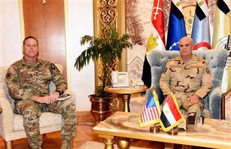 رئيس أركان حرب القوات المسلحة يلتقي قائد قيادة العمليات الخاصة المشتركة الأمريكية