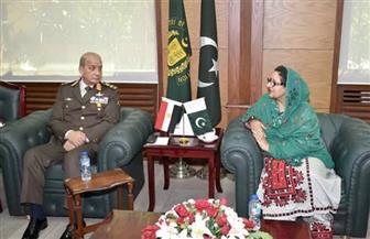 وزير الدفاع يعود إلي القاهرة بعد زيارة رسمية لباكستان بحثت التعاون في التصنيع الحربي