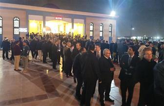طوابير من السيدات والرجال في عزاء  الرئيس الأسبق حسنى مبارك | صور