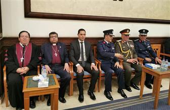وفد رئاسة الطائفة الإنجيلية يقدم واجب العزاء لأسرة مبارك | صور