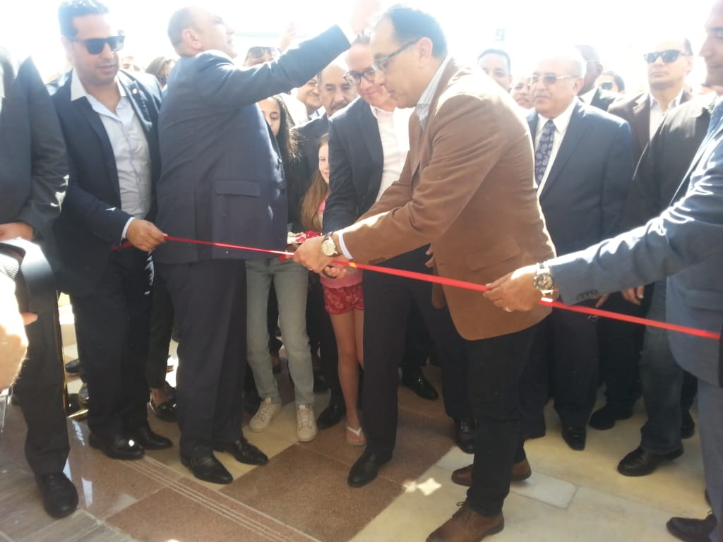 رئيس الوزراء خلال تفقده متحف الغردقة الجديد