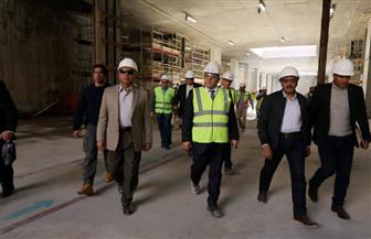 وزير النقل يفاجئ العاملين بمحطة مترو ماسبيرو | صور