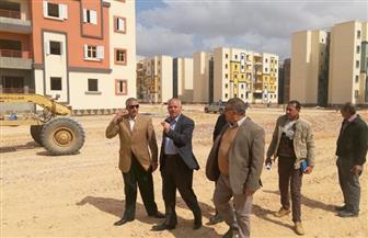 """مساعد نائب رئيس""""هيئة المجتمعات العمرانية"""" يتفقد وحدات الإسكان الاجتماعي بمدينة السادات"""