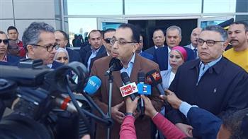 رئيس الوزراء يتفقد الحجر الصحي بمطار الغردقة.. ويؤكد: مصر خالية من «كورونا»