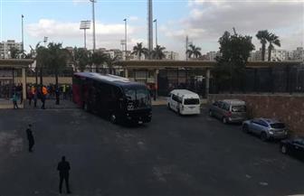 حافلة الأهلي تصل إستاد القاهرة لمواجهة صن داونز |صور