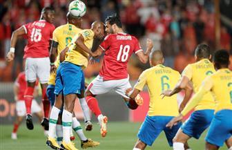 لاعبو الأهلي يحصلون على مكافأة التأهل لنصف نهائي بطولة إفريقيا