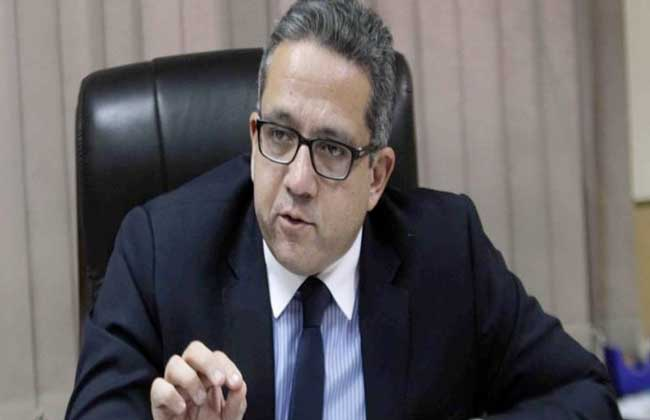 تشكيل اللجنة الدائمة لتراخيص المنشآت الفندقية والسياحية برئاسة وزير السياحة والآثار