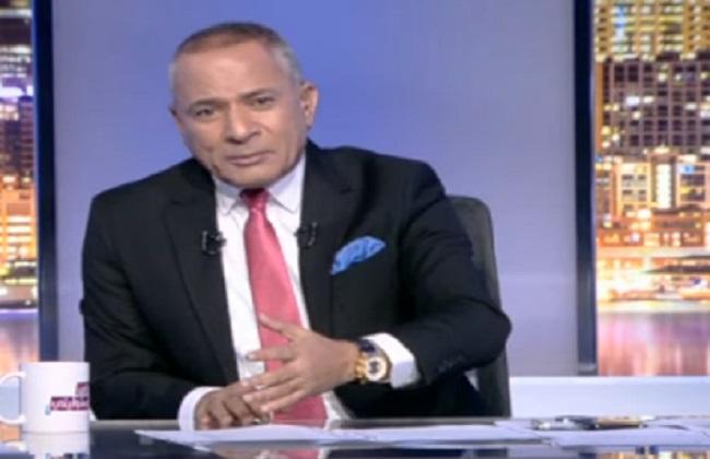 أحمد موسى يناشد الأمن الوطني بالقبض على مجموعة ملثمين فى الجيزة
