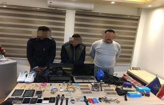 بعد ارتكابهم 7 جرائم.. القبض على عصابة سرقة المساكن بالقطامية